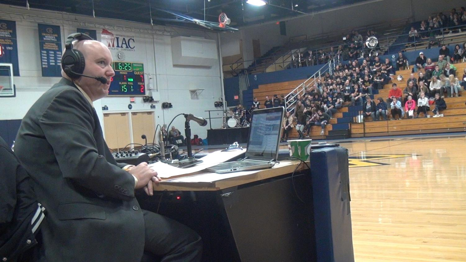Sports broadcaster tackles being voice of the Blugolds