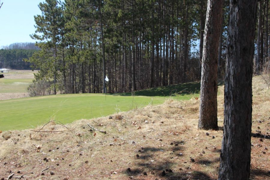 Wild Ridge in Eau Claire offers 36 holes of golf for any skill level. © 2018 Michael Roemer