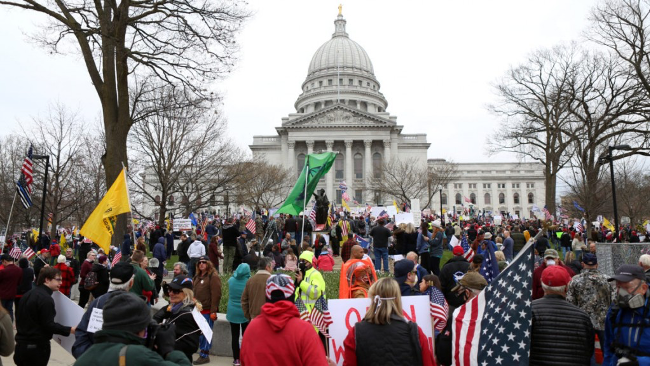 Thousands+of+people+gathered+in+Madison+on+April+24+to+protest+Gov.+Tony+Evers%E2%80%99s+%E2%80%9CSafer+at+Home%E2%80%9D+order.+Photo+courtesy+of+Channel+3000.